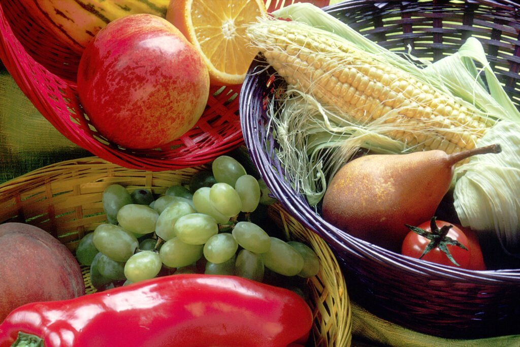 Platter of fruits and vegetables